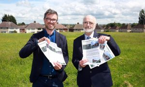 Cllr. Damms (right) and Steve Birch discuss the Malthouses proposal on the redevelopment site.